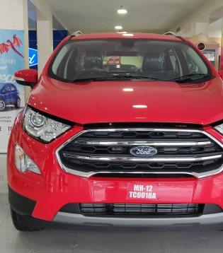 the red ford ecosport at the showroom